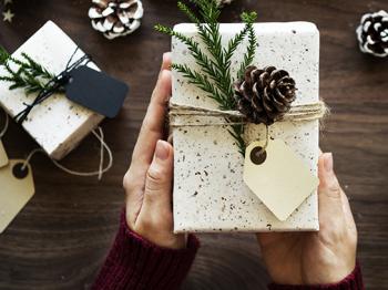 Christmas-gift-v2